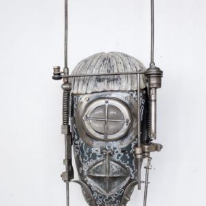 Maska II., ocel, sklo, 14 500 Kč (bez DPH)