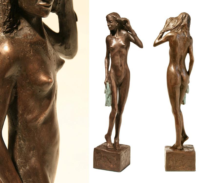 Dívka s ručníkem, 2018, bronz, výška 55 cm, 45 000,- (bez DPH)
